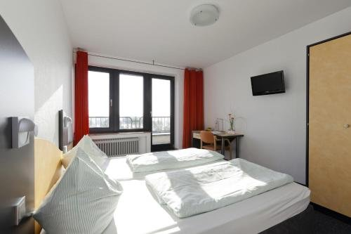 Jugendherberge City-Hostel Koln-Riehl - фото 1