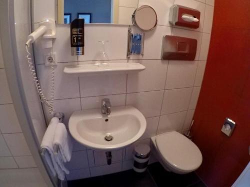 Hotel Brauhaus Kolnisch Wasser - фото 11