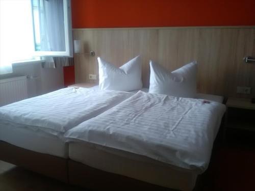Hotel Rheinkrone - фото 1