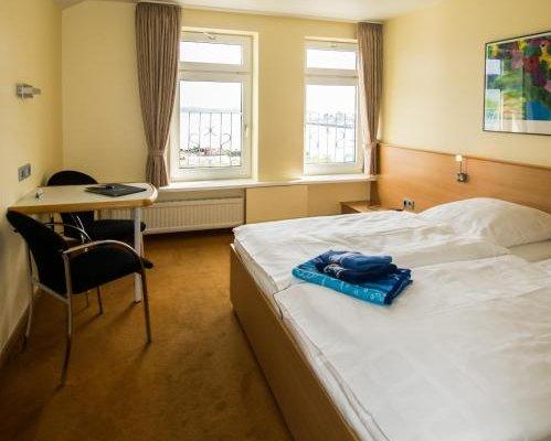 Hotel Kieler Forde - фото 2