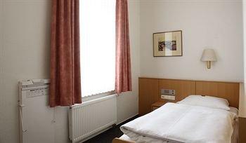 Hotel Berliner Hof - фото 2