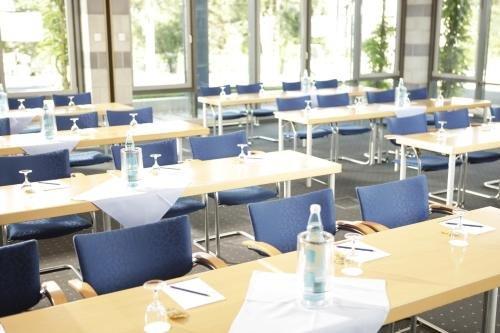 BioHotel Kassel Wilhelmshoher Tor - фото 17