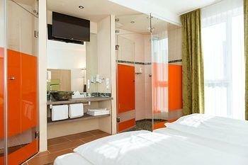 Hotel Aviva - фото 1