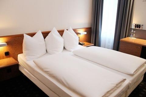 Hotel Ara - фото 1