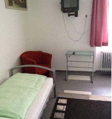 Hotel Pension Garni Gastpark - фото 4