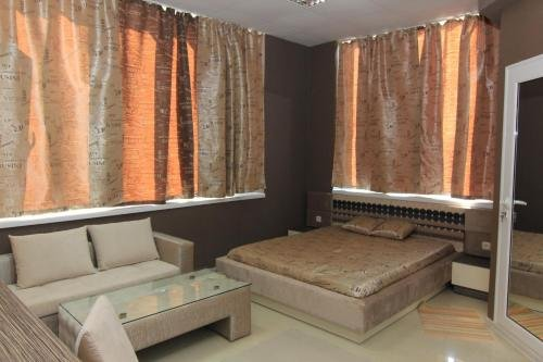 Bedroom Place Guest Rooms - фото 10