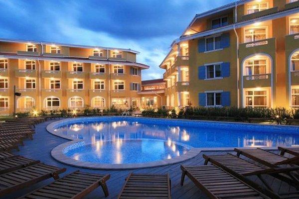 Blue Orange Beach Resort - фото 17