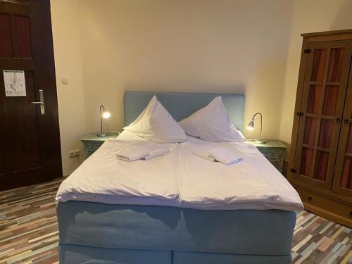 Avalon Bed & Breakfast Themen/- Nichtraucherhotel - фото 1