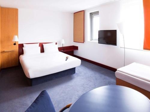 Novotel Suites Hannover - фото 1