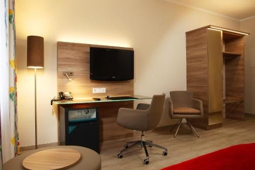 Hotel Konigshof am Funkturm - фото 6