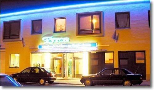 Tyros Hotel und Gastehaus am Weidendamm - фото 2