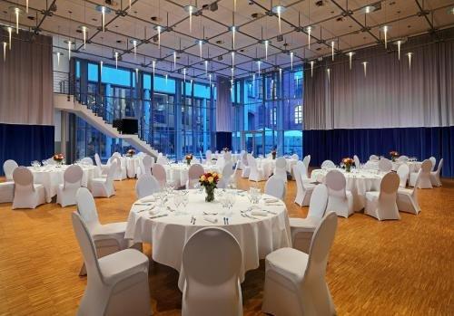 Sheraton Hannover Pelikan Hotel - фото 14