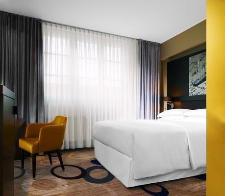 Sheraton Hannover Pelikan Hotel - фото 2