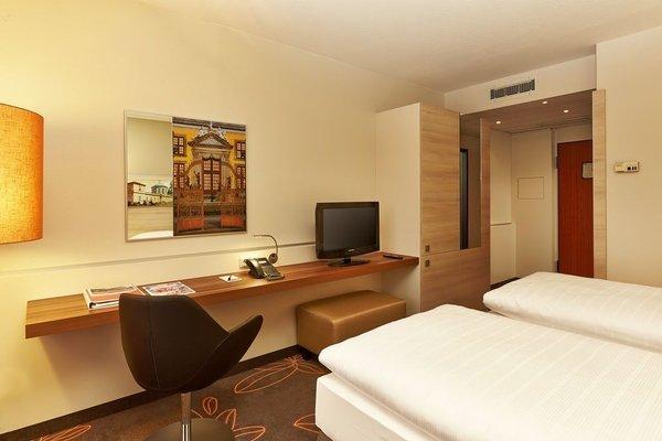 Ramada Hotel Europa - фото 1