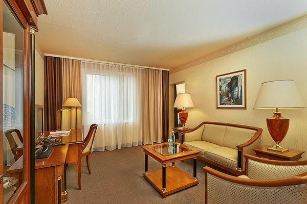 Ramada Hotel Europa - фото 5