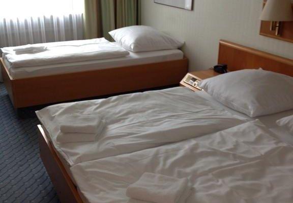 A1 Raststatte & Hotel Hamburg-Stillhorn - фото 4