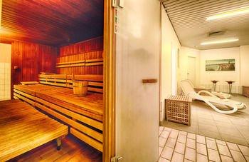 Leonardo Hotel Hamburg Stillhorn - фото 8