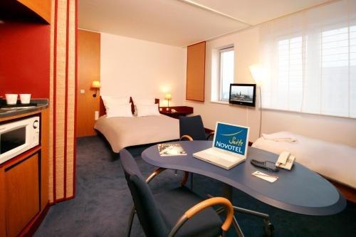 Novotel Suites Hamburg City - фото 1
