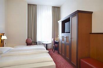 Hotel Hafen Hamburg - фото 1