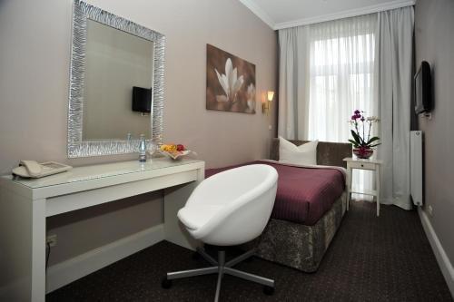 Hotel Commodore - фото 2
