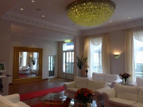 Hotel Commodore - фото 7