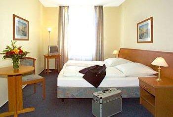 Hotel Lumen am Hauptbahnhof