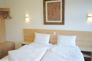 Hotel Budapester Hof - фото 1