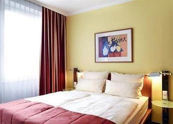 Quality Hotel Ambassador Hamburg - фото 50
