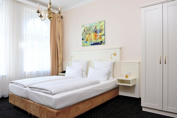 Hotel Furst Bismarck - фото 2