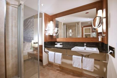Lindner Hotel Am Michel - фото 10
