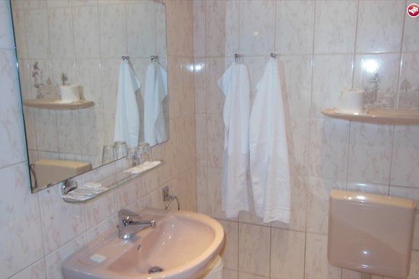 Hotel Heimhude - фото 8