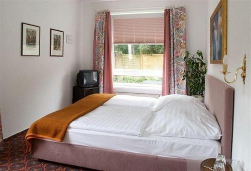 Hotel Blankenese - фото 2