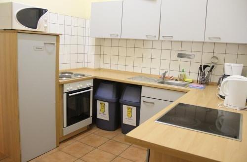 Buch-Ein-Bett Hostel - фото 10