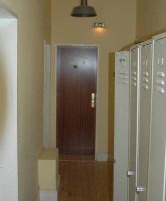 Buch-Ein-Bett Hostel - фото 16