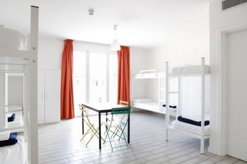 Ostello Meet Gardalake Hostel - фото 2