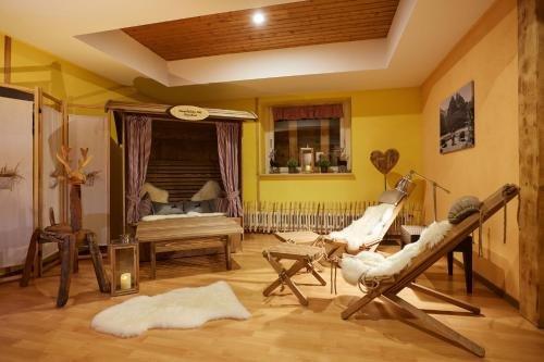Hotel Langenfelder Hof - фото 2