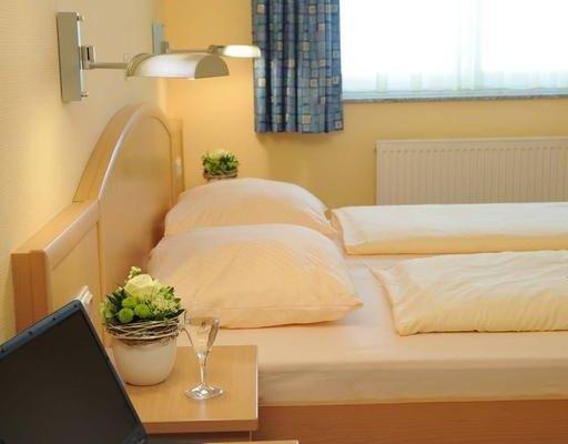Hotel & Restaurant Hugenottengarten - фото 1