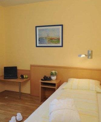 Hotel & Restaurant Hugenottengarten - фото 9