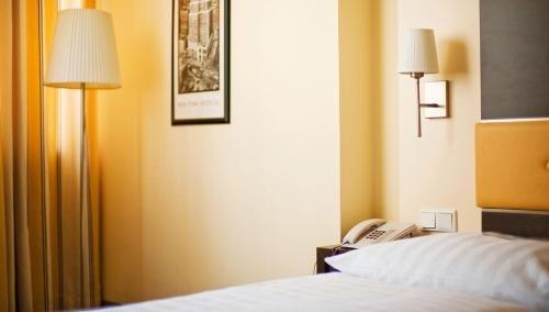 Bristol Hotel - фото 3