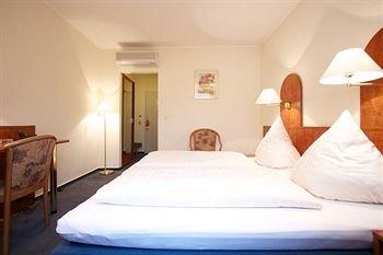 Falk Hotel - фото 50