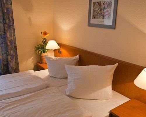 Hotel Bornheimer Hof - фото 1