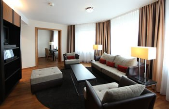 Lindner Hotel & Residence Main Plaza - фото 4