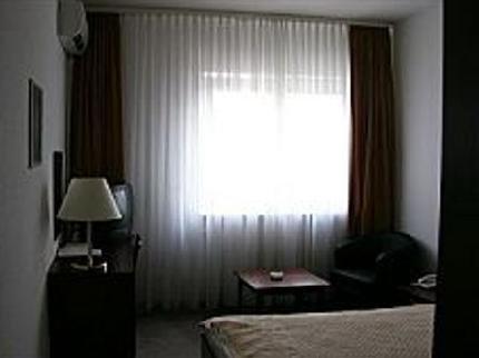 Hotel Travel Inn - фото 1