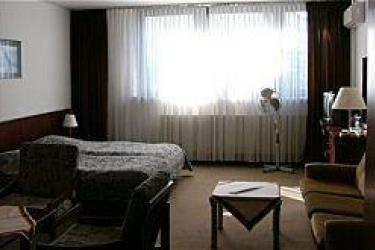 Hotel Travel Inn - фото 2