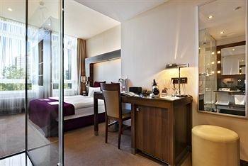 Fleming's Deluxe Hotel Frankfurt City - фото 1