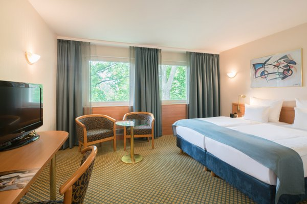 Best Western Plus Hotel Fellbach-Stuttgart - фото 1