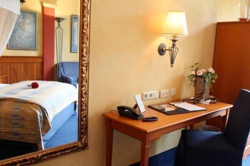 EUT-IN Hotel Alte Strassenmeisterei - фото 4
