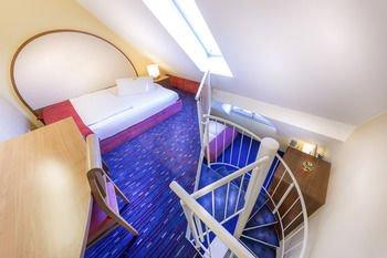 Hotel am Schillerpark - фото 19