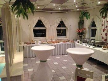 Hotel & Restaurant Park Cafe ISA - фото 9
