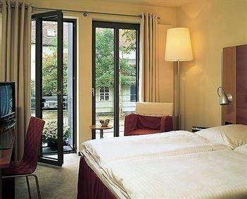 Hotel Kramerbrucke Erfurt - фото 2